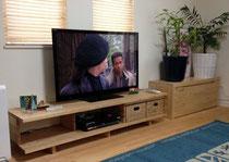 カバ桜積層材のテレビ台