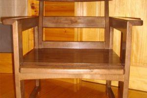 カバ桜集成材の椅子