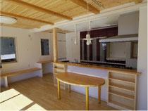 ゴム集成材のダイニングテーブル天板
