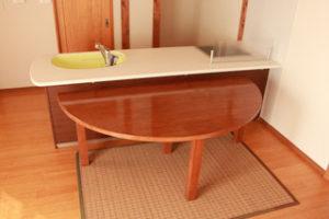 タモ積層材のダイニングテーブル