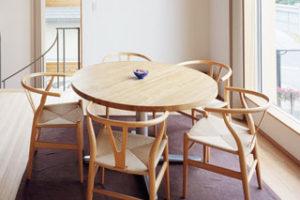 タモ積層材のテーブル天板