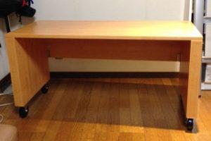 ブナ集成材の自作キャスター付きテーブル