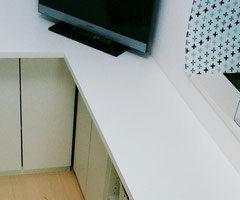 白ポリのテレビ台自作天板