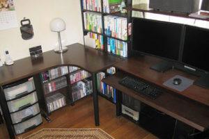集成材のデスク天板とキーボード台