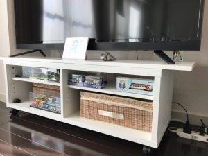 白ポリのTVボード天板4