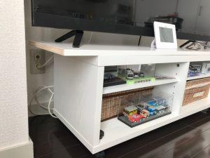 白ポリのTVボード天板2