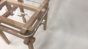 米栂無垢材とアクリルのデザイン椅子