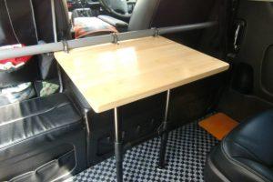 竹(白)集成材のハイエース・セカンドシート・テーブル